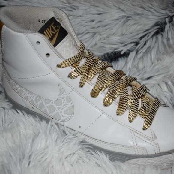 best website ecfbf 1bc1e Women s Nike Blazers High White, Silver   Gold. M 5bea48ccfe515162452ca374